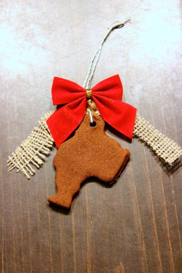 Cinnamon Applesauce Ornaments
