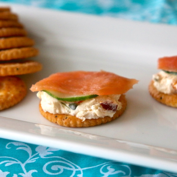 RITZ Everything Bites with Lox and Schmear |Country Girl Gourmet